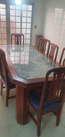 Mesa Jantar  c/ 8 cadeiras e Aparador  - Foto 4