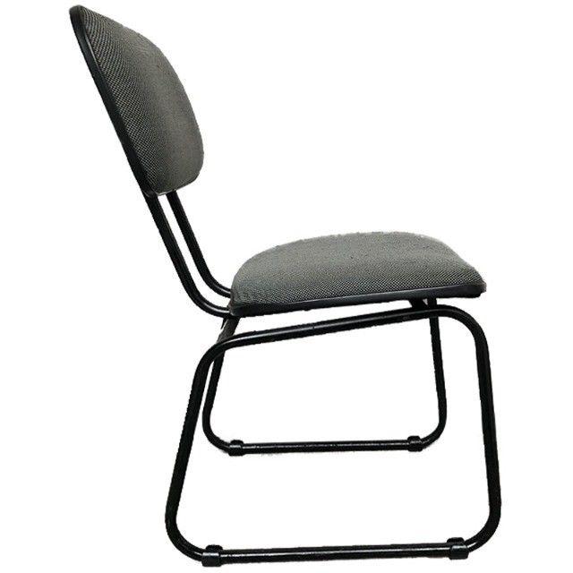 Cadeira para escritório em tecido cinza usada - Foto 3