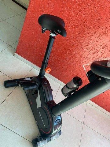 Bicicleta Ergométrica Vertical V3 Movement - Foto 2