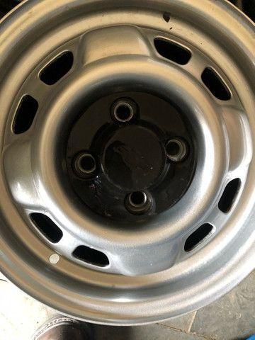 Jogo de rodas de Chevette DL com calotas originais - Foto 2