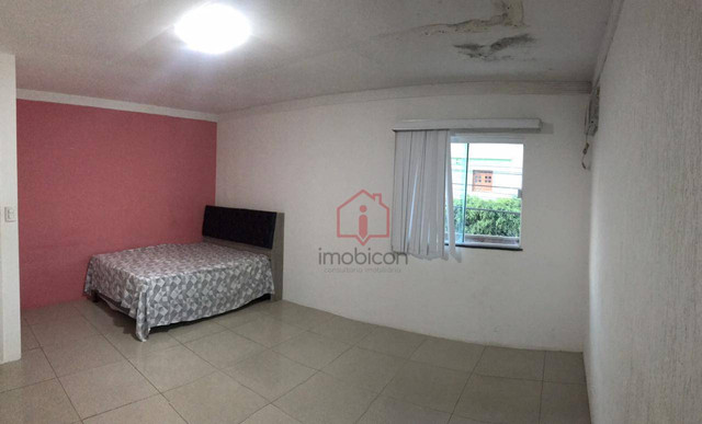 OPORTUNIDADE: Casa de 2 Pavimentos com 4 dormitórios (1 suíte) à Venda, 192 m² por R$ 280. - Foto 15
