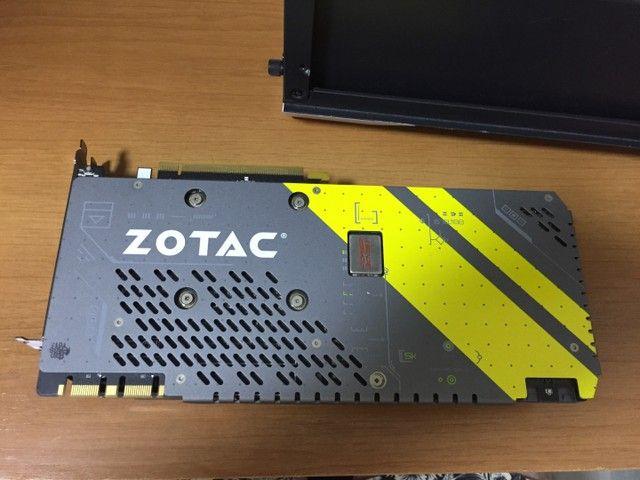 GTX 1080 8gb AMP Zotac - Foto 2