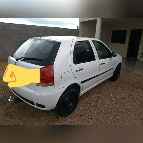 Carro Palio 1.0 Modelo Elx