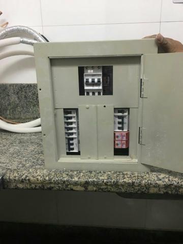 Quadro elétrico para desapegar