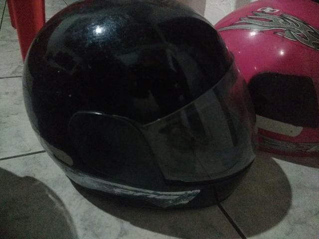 Oportunidade, 3 capacetes por R$ 60,00 - Foto 3