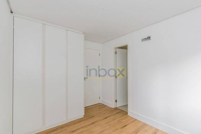 Lindo apartamento 3 suítes semi mobiliado com 116m privativos - Foto 12
