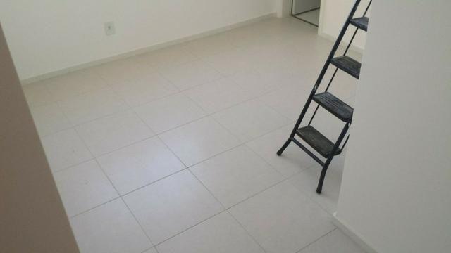 LH- Oportunidade ! Apto de 2 quartos suite em Valparaiso