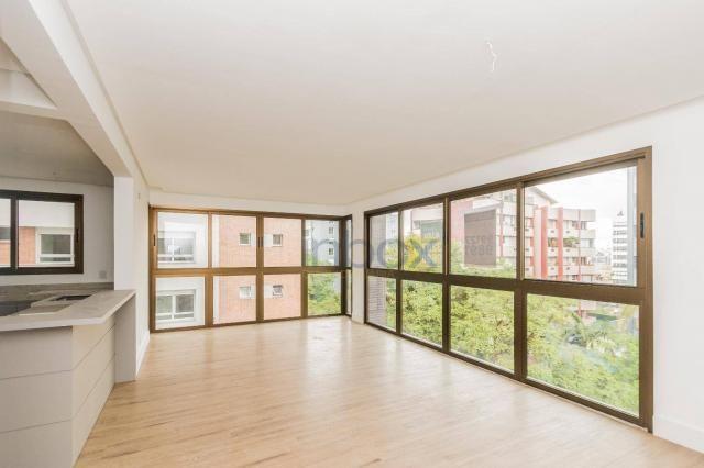 Lindo apartamento 3 suítes semi mobiliado com 116m privativos - Foto 2