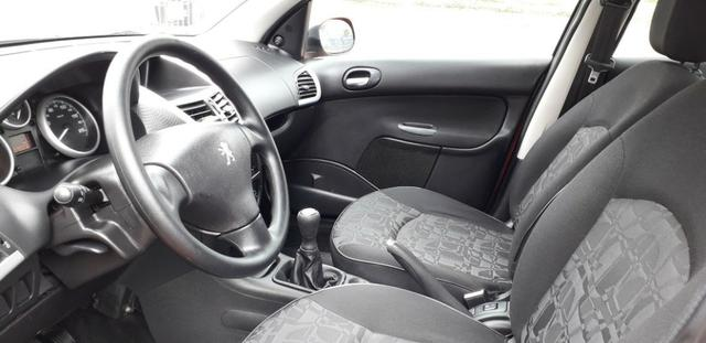 Peugeot 207 xr 1.4 ano 2011 completo - Foto 7
