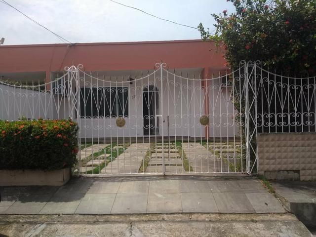 Parque Dez- Alugo Bela Casa