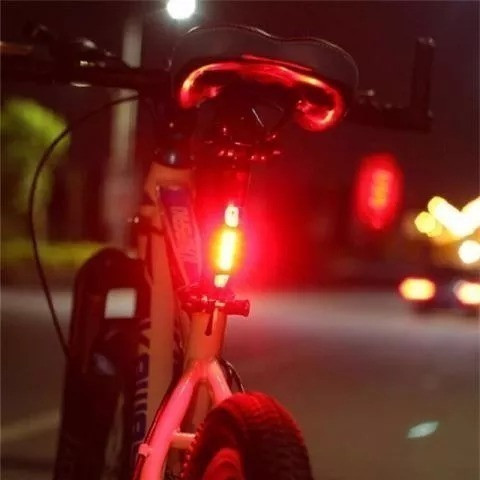 Lanterna Bike Sinalizador Bicicleta Led Recarregável - Foto 4