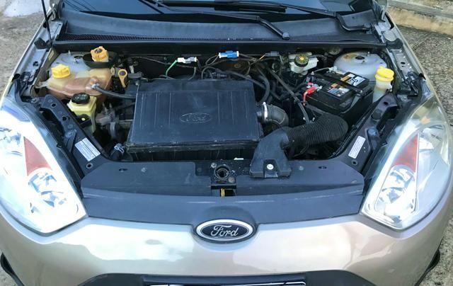 Ford Fiesta Hatch 1.0 2014 - Completo - Foto 10