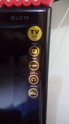 """Vendo TV 32"""" e um Blueray. R$ 400"""