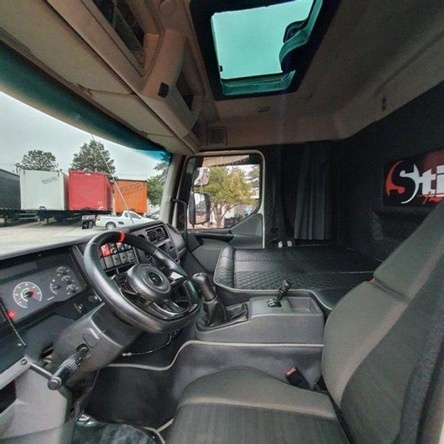 Caminhão Truck Volvo Vm260 6x2 Carroceria Sider 2011 Vm 260 #Com Sinal De R$23.000,00 - Foto 11
