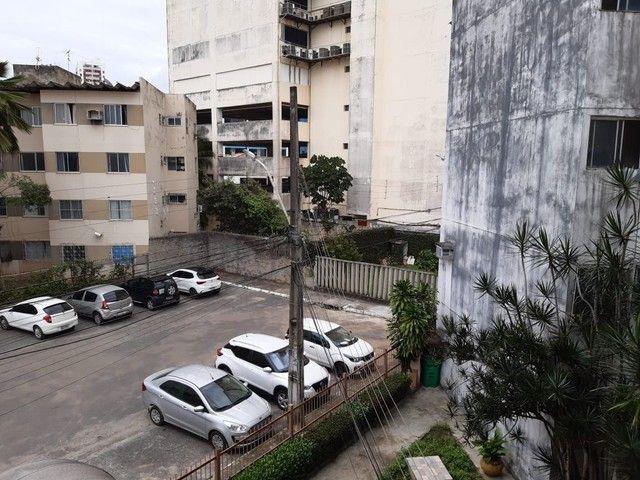 Apartamento com 2 dormitórios para alugar, 55 m² por R$ 1.000,00/mês - Imbuí - Salvador/BA - Foto 10