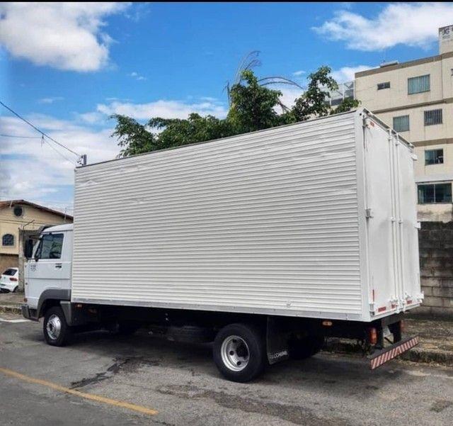 Caminhão MB 8-150 no baú - Foto 5