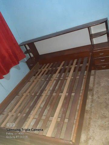 Cama de madeira com baú e gavetas - Foto 3