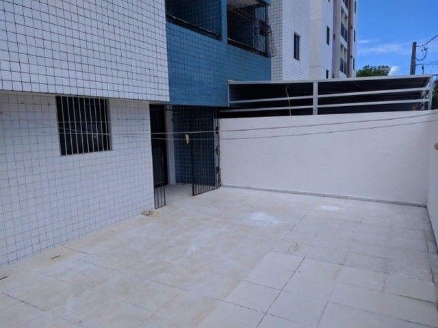 Apartamento térreo com área privativa pra vender no bancarios !!! - Foto 3