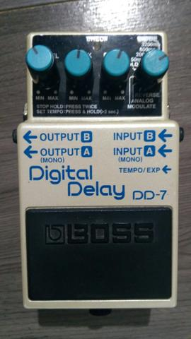 Pedal Boss digital delay DD7
