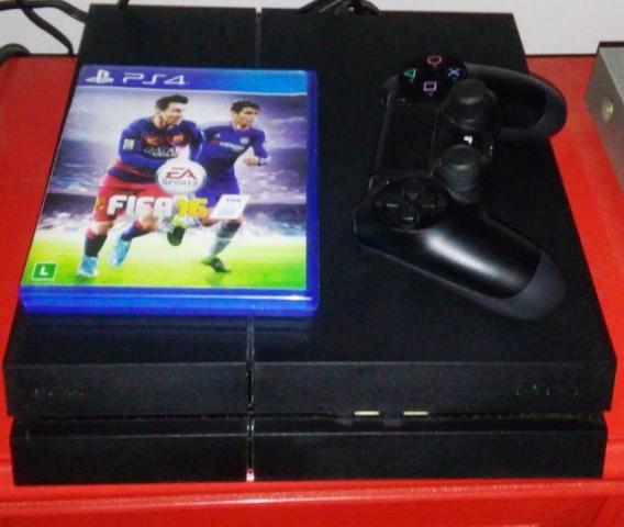 PS4 500GB + 1 Controle Dualshock 4,