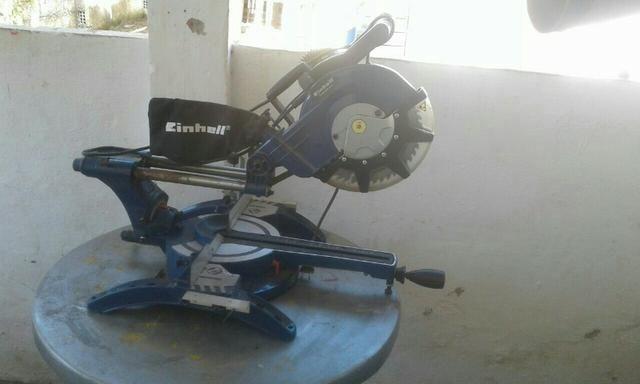 Máquina semi-nova