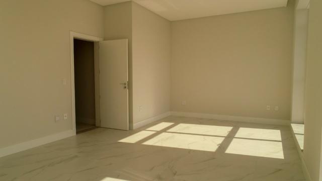 Cobertura Duplex, 5 Suítes, 4 Vagas de Garagem pronta para Morar. Em Itapema /Sc - Foto 15
