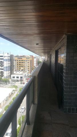 3 anos de condomínio free, cobertura com 450m2 na ponta verde - Foto 12