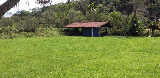 Casa em condomínio 125m², 02 dorms, com nascente e terreno com 2000 m² - Foto 4
