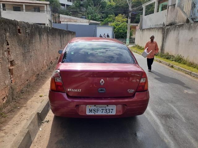 Renault Clio Sedãn completo - Foto 4