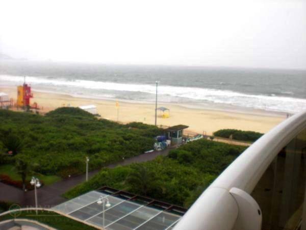 Cobertura duplex na praia brava - Foto 11