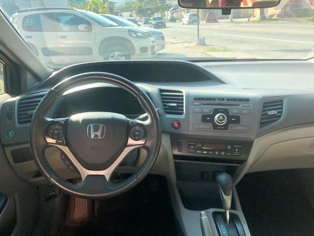 HONDA CIVIC 2014/2014 1.8 LXS 16V FLEX 4P AUTOMÁTICO - Foto 4