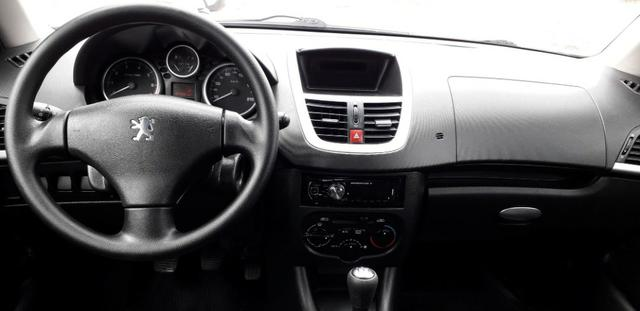 Peugeot 207 xr 1.4 ano 2011 completo - Foto 8