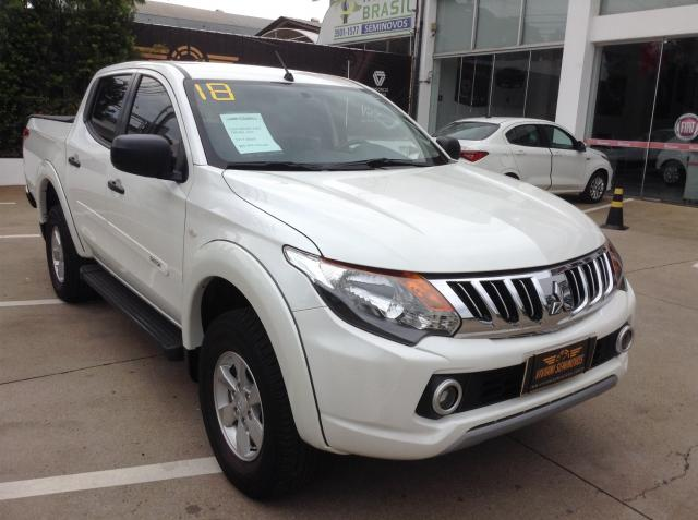 MITSUBISHI L200 TRITON 2017/2018 3.2 GLX 4X4 CD 16V TURBO INTERCOLER DIESEL 4P MANUAL - Foto 3