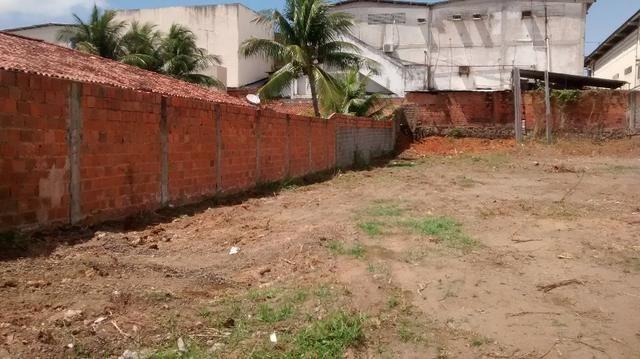 Terreno 40X66 2640M² em Lauro de freitas plano terraplanado muro 3mts, portão eletrico - Foto 8