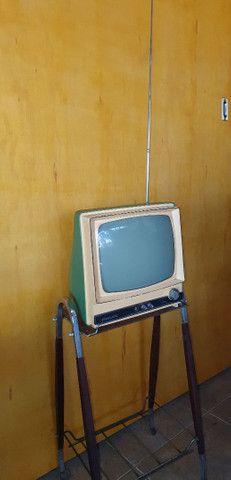 Antiga TV com pé original de época jacarandá  - Foto 2