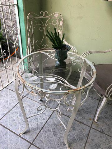 Cadeiras e mesa de ferro/50/60 anos - Foto 2