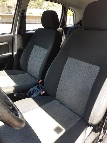 Fiesta Hatch 1.6 - Completo - Foto 4