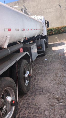 Cavalo Scania 400 e Semi-reboque tanque com serpentina 30.000 ml litros - Foto 2
