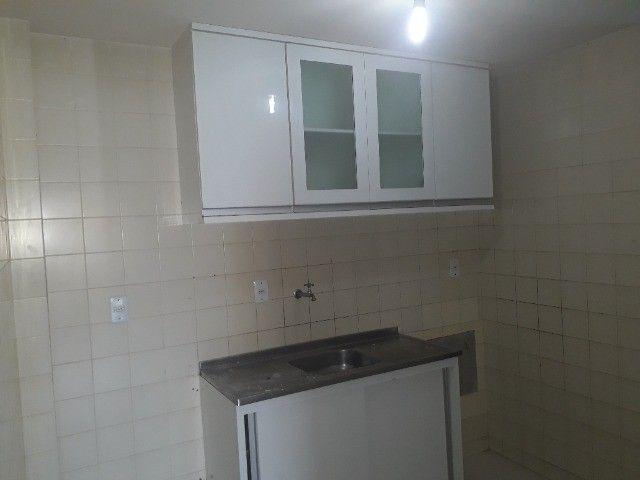 Lindo Apartamento de 3 Quartos Totais na Dorival Caymi Itapuã - Foto 6