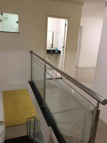 OPORTUNIDADE: Casa de 2 Pavimentos com 4 dormitórios (1 suíte) à Venda, 192 m² por R$ 280. - Foto 11