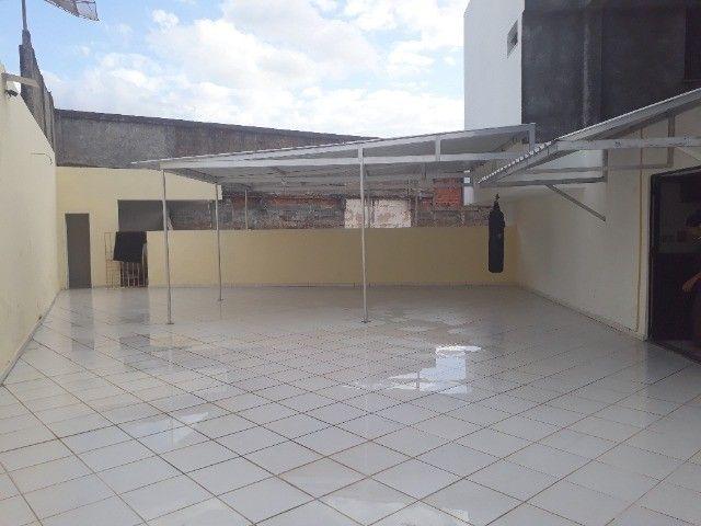 Lindo Apartamento de 3 Quartos Totais na Dorival Caymi Itapuã - Foto 11