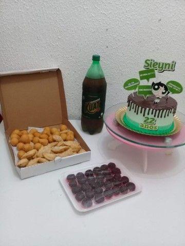 Kit festa Com torta personalizada a partir de 100 - Foto 4