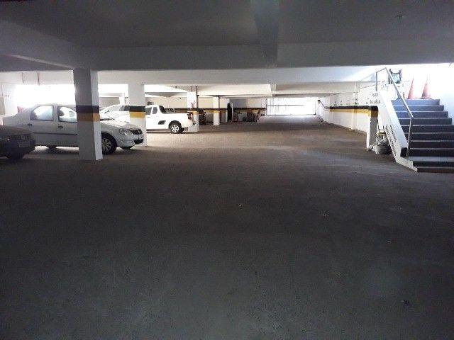 Lindo Apartamento de 3 Quartos Totais na Dorival Caymi Itapuã - Foto 14