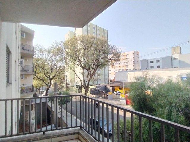 Locação   Apartamento com 90 m², 3 dormitório(s), 1 vaga(s). Zona 07, Maringá - Foto 4