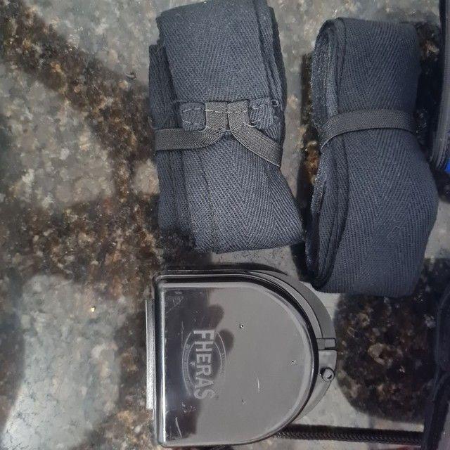 Kit Luva de Boxe Muay Thai MMA Bandagem Bucal 08oz Azul<br><br> - Foto 3