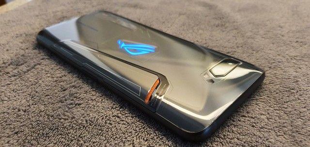 Asus Gamer ROG Phone 2 (8gb/128gb) - Perfeito estado! - Foto 2