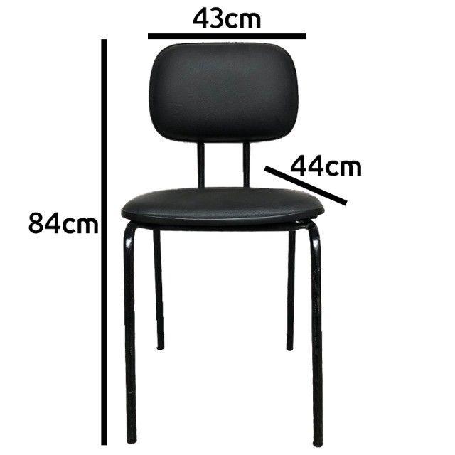 Cadeira fixa com assento e encosto em courino preto - Foto 4