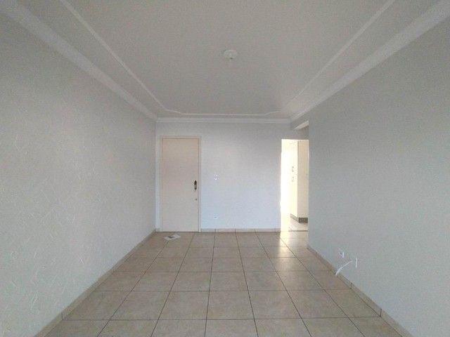 Locação   Apartamento com 90 m², 3 dormitório(s), 1 vaga(s). Zona 07, Maringá - Foto 3