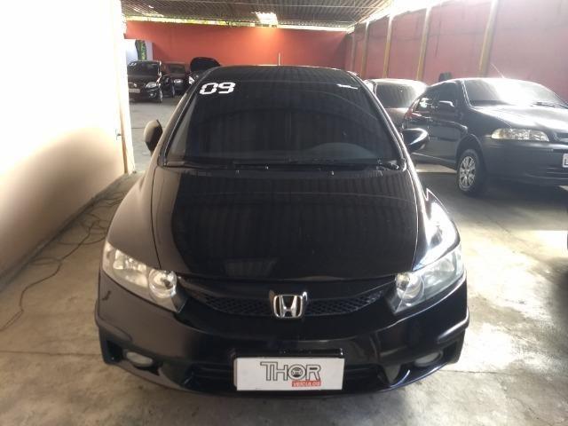 Honda   Civic 1.8 LXS   Completo, Banco De Couro, Automático E GNV