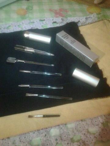 Kit de maquiagem set brush deluxe avon